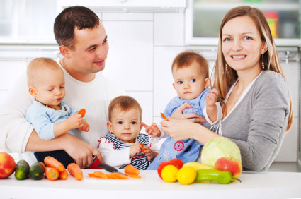 happy-family-in-the-kitchen